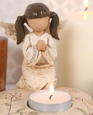 Praying angel candle holder with candles pic
