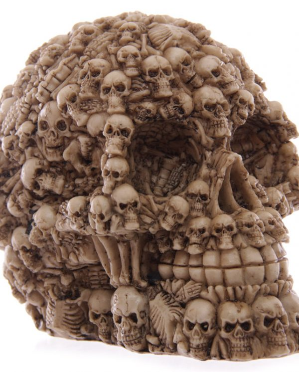 Multiple skull decoration 4
