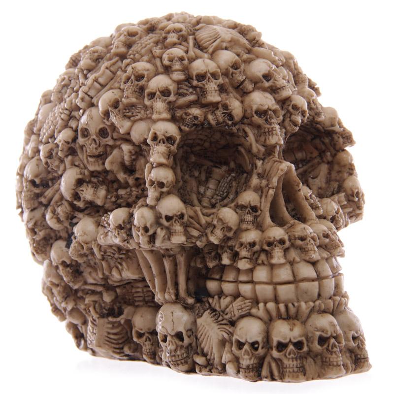 Multiple skull decoration 4