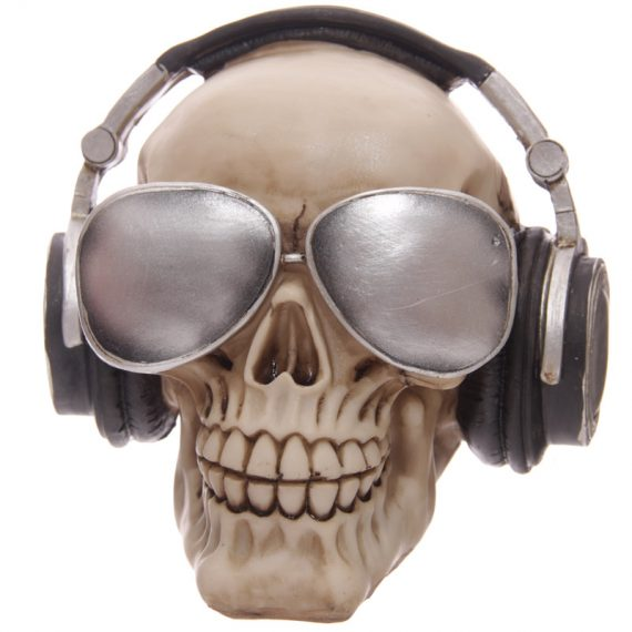 skull with headphones 1